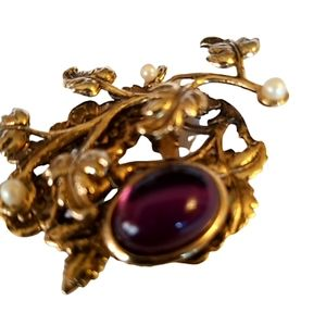 Vtg 80' Broach With Purple Stone